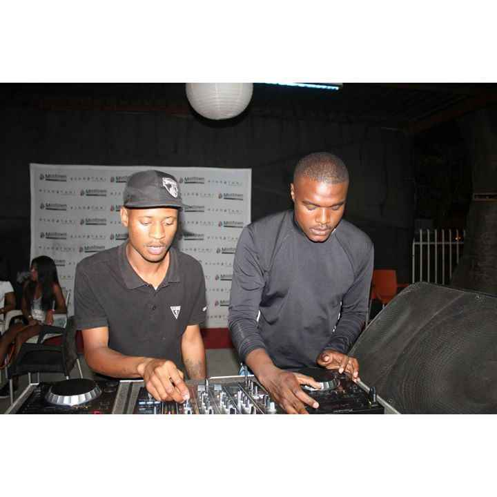 Afro Brotherz The Plug YFM (Spirit Mix)