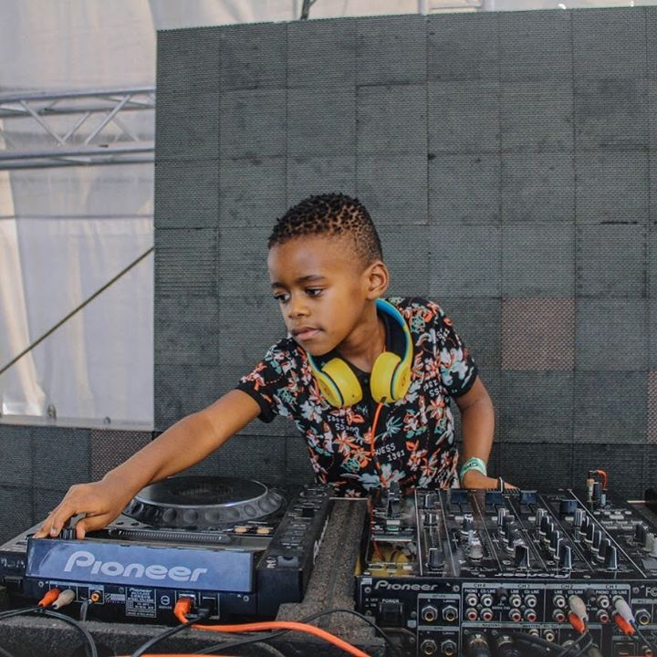 DJ Arch Jnr Saturdays Live House Mix
