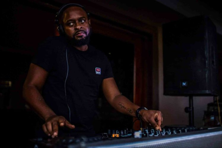 Deeper Phil The Warehouse (YFM Guest Mix)