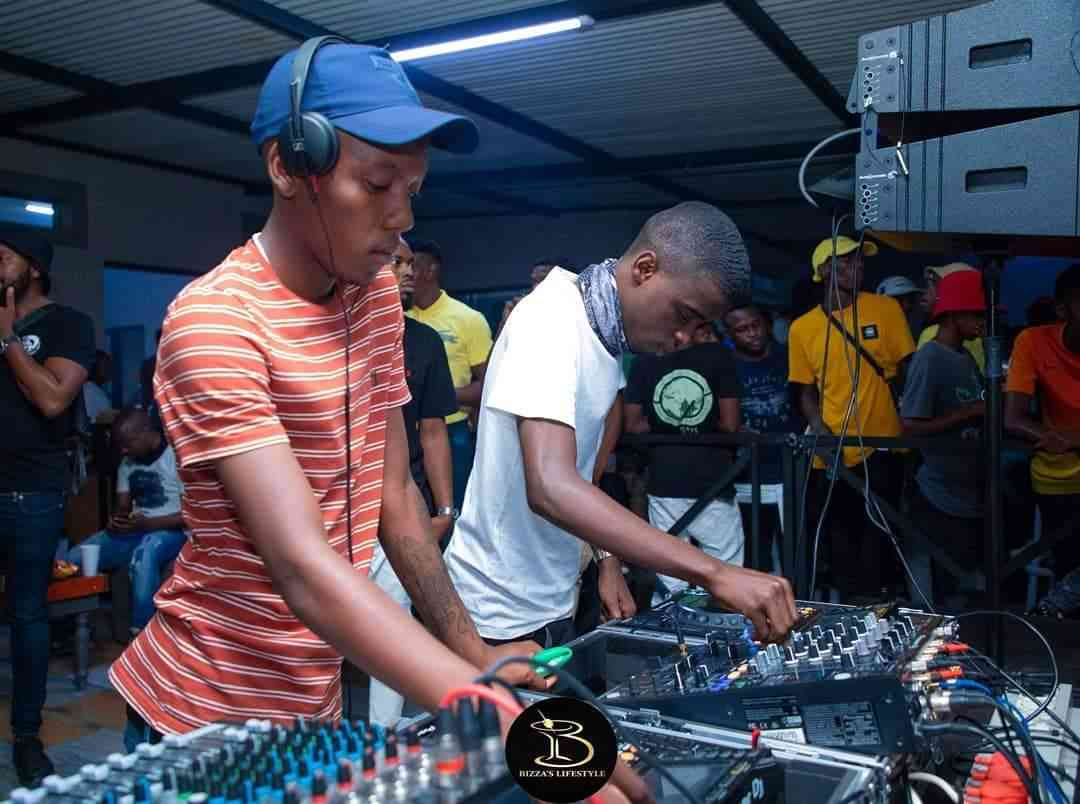 Skroef28 & Nkulee 501  Top Dawg Sessions Mix